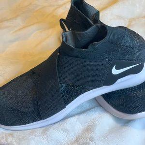 Nike Free Sock Shoes!☸️🔆🔆
